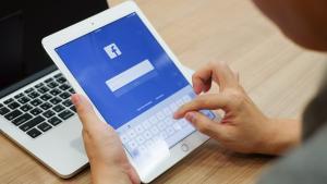 Facebook ปรับ News Feed ใหม่ อย่าใช้ความรู้สึก เปิดข้อมูลดูเลย ว่าลดไปเท่าไหร่?